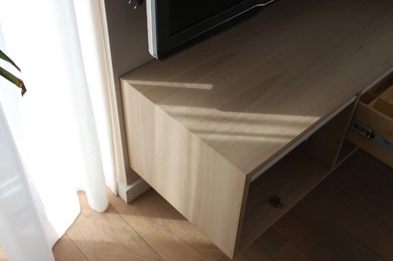 zwevende audio kast houtfineer