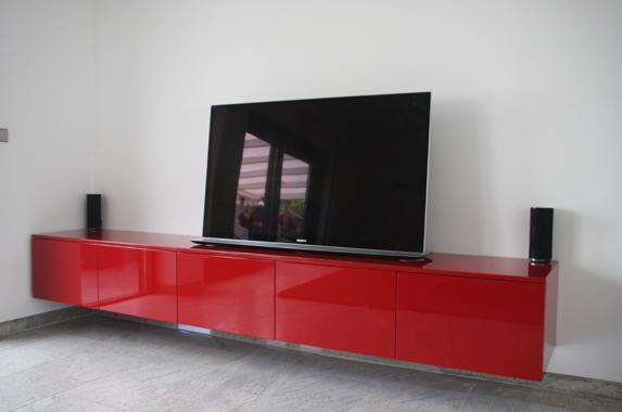 zwevende media kast 300 cm rood