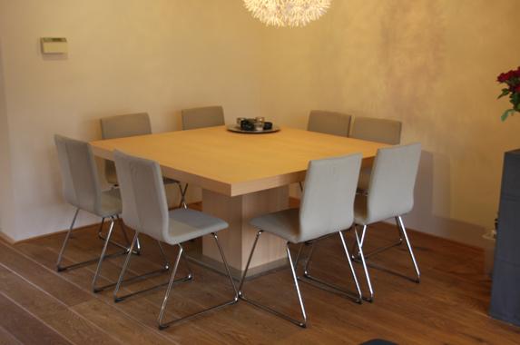 Vierkante Eettafel 150 150.Design Eettafel Op Maat Met Grote Afmetingen Gespoten Of In