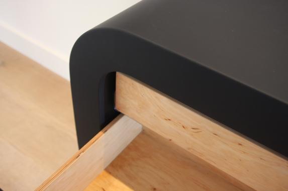 Zwevende kast design ronde corpus