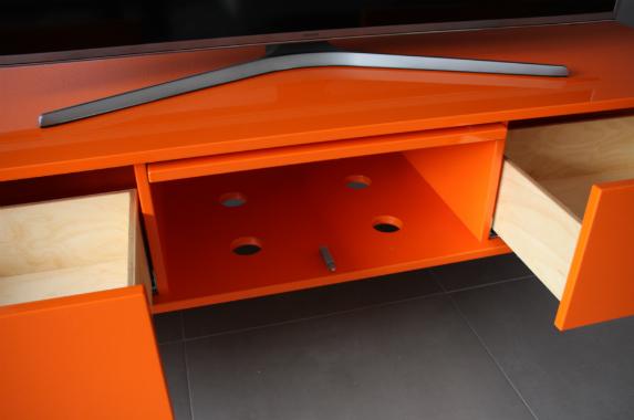 zwevende tv wandkast orange op maat