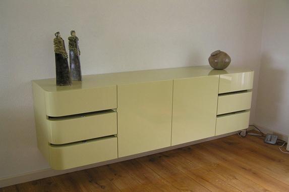 hangend dressoir rond greeploos op maat geel groen