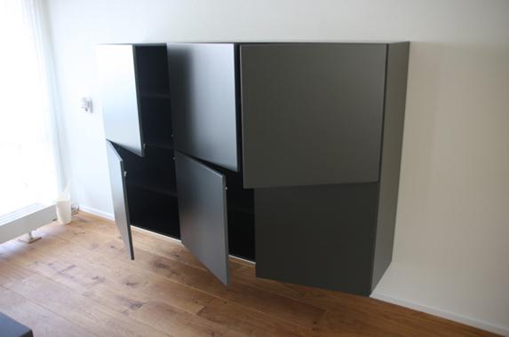 Zwarte Hoogglans Ladenkast.Zwevende Kasten Furniture D