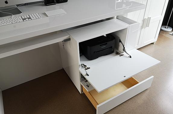 elektrisch bureau in hoogte verstelbaar design hoogglans