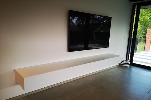 tv wandkast rank slank op maat