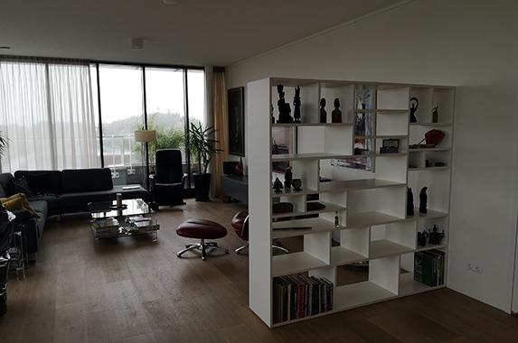 Roomdivider boekenkast uitstalkast design